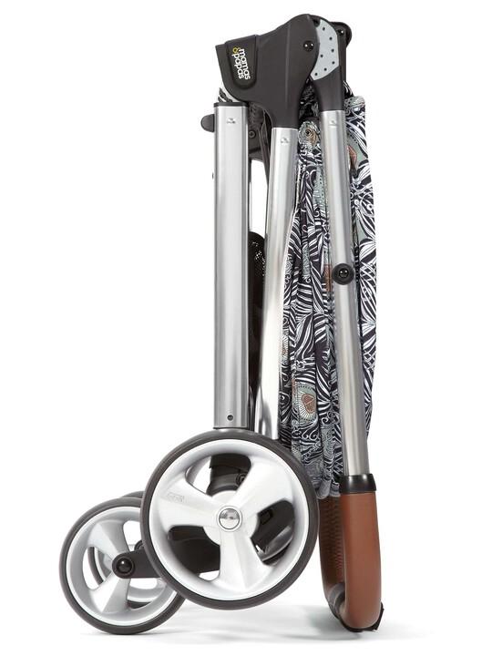 Armadillo Flip XT Stroller Liberty Collaboration image number 4