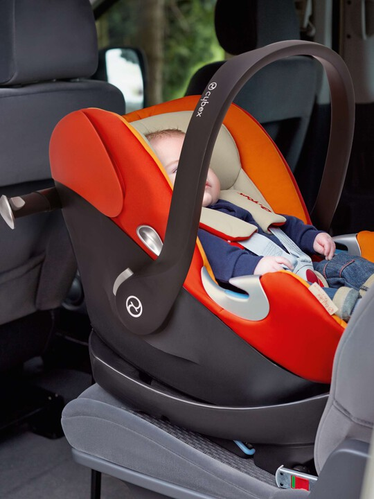 CYBEX Aton Q Car Seat - Navy image number 7