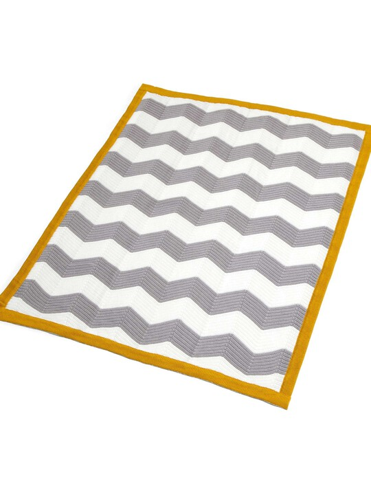 Patternology - Chevron Knitted Blanket image number 2