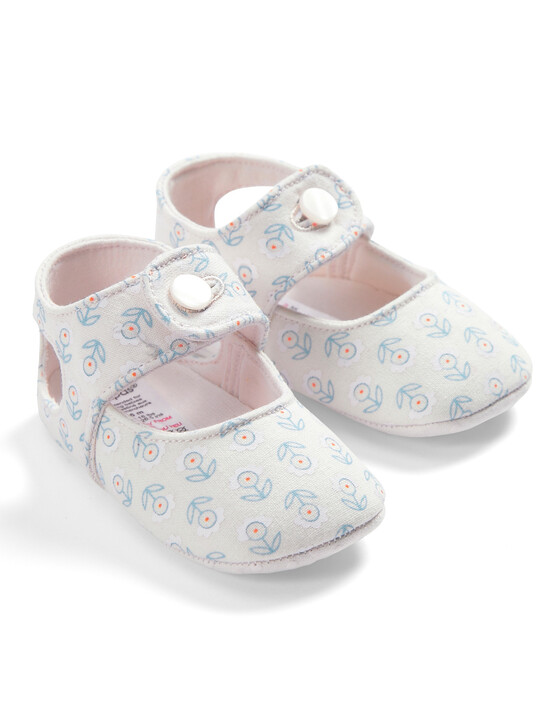Flower Button Shoes image number 1